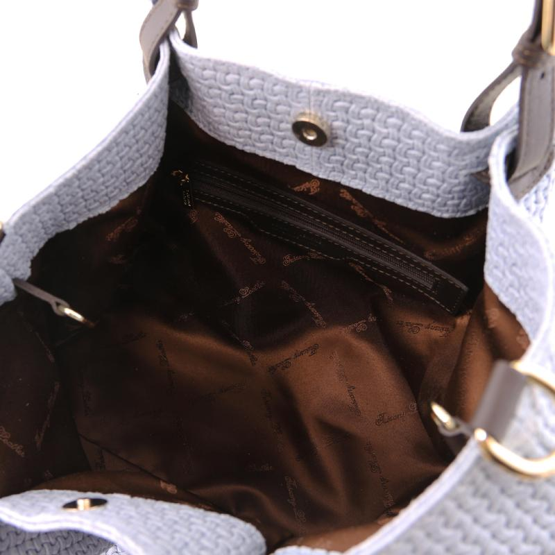 6b353bb40b ... Γυναικεία τσάντα δερμάτινη TL141573 - Μπλε ανοιχτό - Εσωτερικό ...