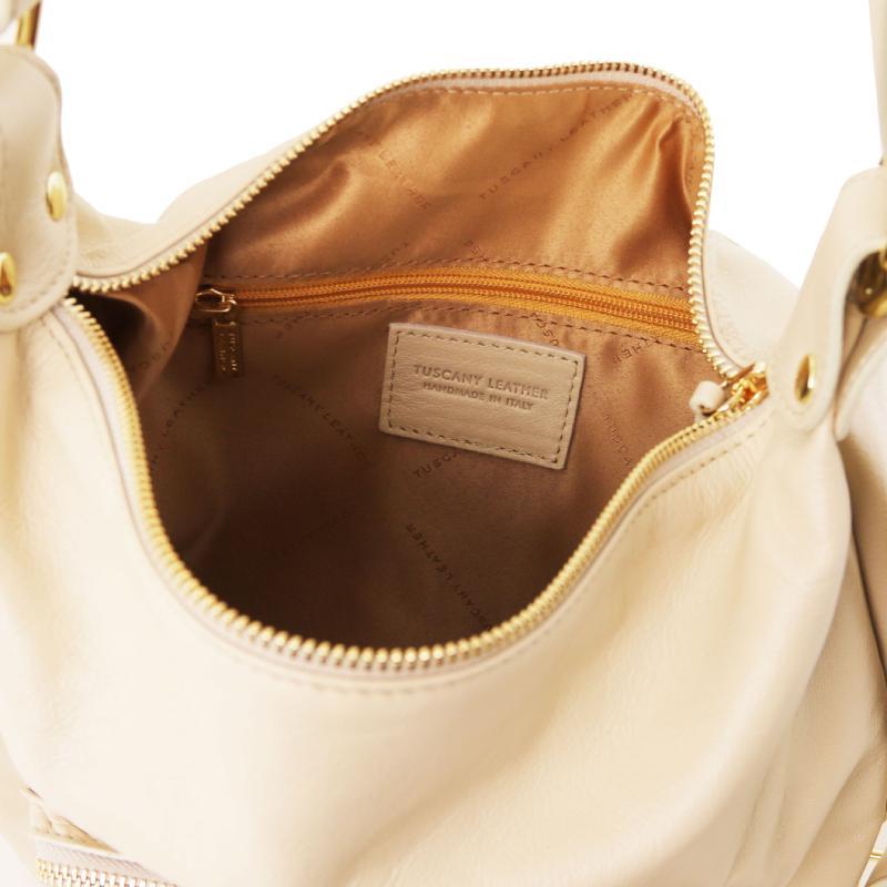 ... Γυναικεία τσάντα ώμου - πλάτης δερμάτινη TL141535 - Μπεζ - Εσωτερικό ... 651f6b5f5df
